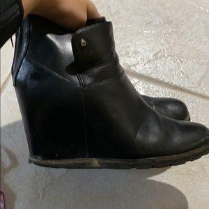 Ugg Amal wedge boots size 9.5